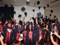 Yakın Doğu Üniversitesi İletişim Fakültesi mezunları diplomalarını aldı