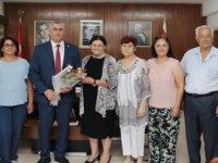 Maliye Bakanı Amcaoğlu, Kanser Hastalarına Yardım Derneği heyetini kabul etti
