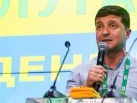Ukrayna'da erken genel seçimi Devlet Başkanı Zelenskiy'in partisi kazandı: Rock yıldızıyla koalisyon kurabilir