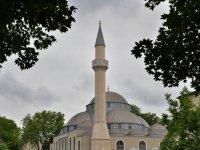 Almanya'da camilere ve Sol Parti'ye bomba ihbarı