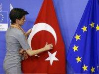 """Rum AP Üyelerinden AB'ye """"Türkiye'ye tolerans göstermekten vazgeç"""" çağrısı"""