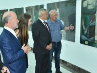 Kazakistanlı ressamların kişisel resim sergileri Hasan Taçoy tarafından açıldı
