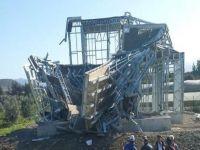 Prefabrik ev kurulmadan yıkıldı