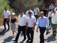 Özersay'ın gazetecilerle yaptığı Kapalı Maraş ziyareti Rum basınında
