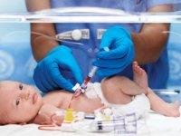 Anne adayları tam donanımlı ve yenidoğan yoğun bakımı bulunan hastaneleri tercih etmeli