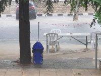 Trodos'ta şiddetli yağış hayatı felç etti