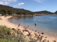 Sardinya Adası'ndan kum çalan Fransız çift, 6 yıl hapis cezasına çarptırılabilir