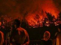 İzmir'deki yangın 3 gündür söndürelemiyor