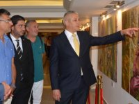 Kazakistan Sanatçıları Sergisi ile Türkmenistanlı Ressam Yagshymyrat Kerimov'un resim sergisi açıldı