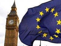 İngiltere Kraliçesi 2. Elizabeth anlaşmasız Brexit'i önlemeye dönük tasarıyı onayladı.