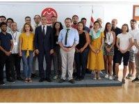 YDÜ Hukuk ve Toplum Merkezi'nin düzenlediği uluslararası yaz okulu tamamlandı