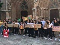 Gençler küresel ısınmaya karşı grevde