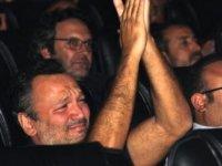 Ali Sunal'ın gözyaşları sel oldu