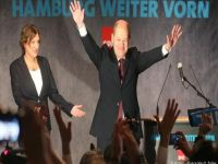 Almanya'da Sosyal Demokratlar Kazandı