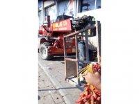 Girne'de hurmaları izinsiz toplayanlar şikayet edildi