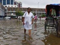 Hindistan'da şiddetli yağışların etkisi sürüyor: Ölü sayısı 55'e çıktı