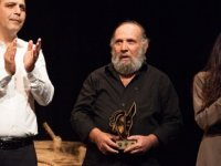 """17. Kıbrıs Tiyatro Festivali """"Hüzün Ana ve Çocukları"""" oyunuyla sona erdi"""