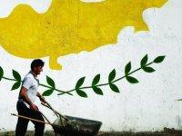 """Üniter devlete yüzde 57,2 oranında """"evet"""""""