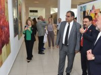 Azerbaycanlı sanatçıların kişisel resim sergileri Sucuoğlu tarafından açıldı