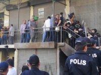 HDP'lilerin Suriye operasyonu açıklaması engellendi: Milletvekili yaralandı