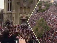 Şili'de halk Anayasanın yeniden yazılmasını istedi