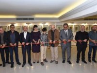 Hakan Daloğlu'nun kişisel  sergisi Faiz Sucuoğlu tarafından açıldı