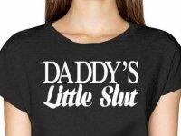 Amazon, tepkiler üzerine 'babasının küçük s..tüğü' tişörtünü satıştan kaldırdı
