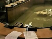 Veneto Parlamentosu iklim değişikliği önergesini reddettikten 2 dakika sonra tarihinde ilk kez sular içinde kadı