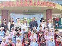 Lefkoşa Vakıf Anaokulu 15 Kasım'da Cumhuriyetimizin 36.Kuruluş yıldönümünü büyük bir çoşkuyla kutladı