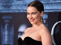 Emilia Clarke: Çıplak sahnelerde yer almam için beni zorladılar