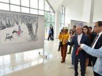 Sucuoğlu Kıbrıs Modern Sanat Müzesi'ndeki iki serginin açılışını yaptı