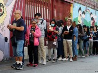 Hong Kong'da halk sandık başında