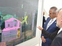 Taçoy, Ukraynalı sanatçı Petro Smetana'nın Kıbrıs Modern Sanat Müzesi için hazırladığı serginin açılışını yaptı