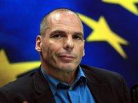 Varufakis: Çöken kapitalizmi kurtarmak yerine insanların acısına odaklanılmalı
