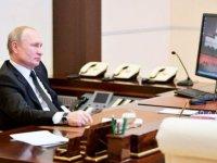 Putin'in hâlâ Windows XP işletim sistemli bilgisayar kullandığı ortaya çıktı