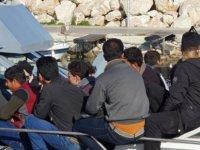 9 Düzensiz Mülteci 2 Tutuklama