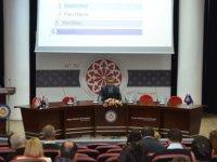 TÜBİTAK-ARDEB Başkan Yardımcısı Vekili Doç. Dr. Cengiz Arıcı DAÜ'de konferans verdi