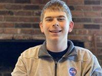 17 yaşındaki lise öğrencisi, NASA'daki stajının üçüncü gününde gezegen keşfetti