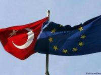 AB: Türkiye ile ilgili bir kesinti kararı yok