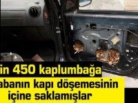 Arabanın kapı döşemesinin içinde kaçakçılık: 5 bin 450 kaplumbağa bulundu