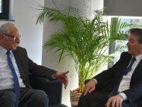 Üstel, Girne Belediye Başkanı Nidai Güngördü'yü ziyaret etti