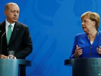 Merkel'in Türkiye gündemi demokrasi, istikrar ve ekonomi