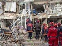 Elazığ 6,8'le sallandı: Deprem bölgedeki 7 ilde hissedildi, can kaybı 29'a yükseldi