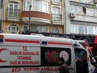 Evde yalnız bırakılan sekiz yaşındaki çocuk dördüncü katın balkonundan düştü; birinci katın demirlerine tutunarak kurtuldu