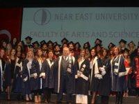 Bilgi İle Donatılarak Hayata Atıldılar… Yakın Doğu Üniversitesi Fen-Edebiyat Fakültesi Mezuniyet Töreni Gerçekleştirildi.