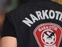 Girne'de kaza yaptı üstünde uyuşturucu çıktı