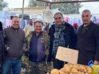Sucuoğlu, Lefkoşa Açık Pazarı'nı ziyaret etti