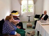 Eroğlu Dedeçay'ı ziyaret etti