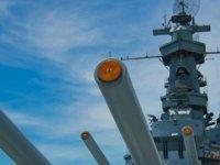 ABD: Umman Denizi'nde Ağır Silah Dolu İran Teknesine El Koyduğunu Açıkladı