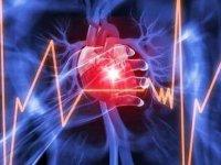 Ameliyat Esnasında Kalp Krizi Geçirdi